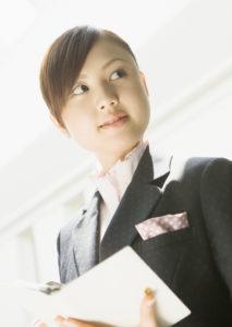 転職エージェントに登録して2週間でパソコン関係の仕事に転職(30代女性)